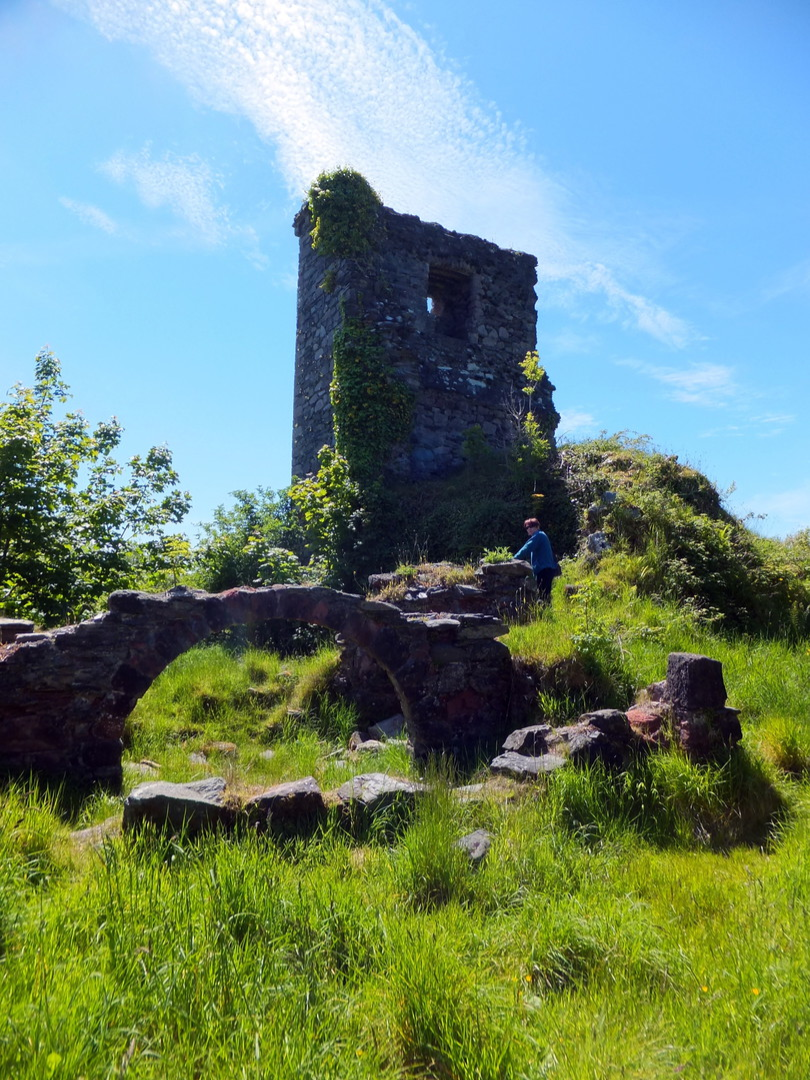 Toward Castle, a scenic and atmospheric ruinous old stronghold of the Lamont family, which was seized by the Campbells with much slaughter in 1646, near Dunoon on Cowal in Argyll.