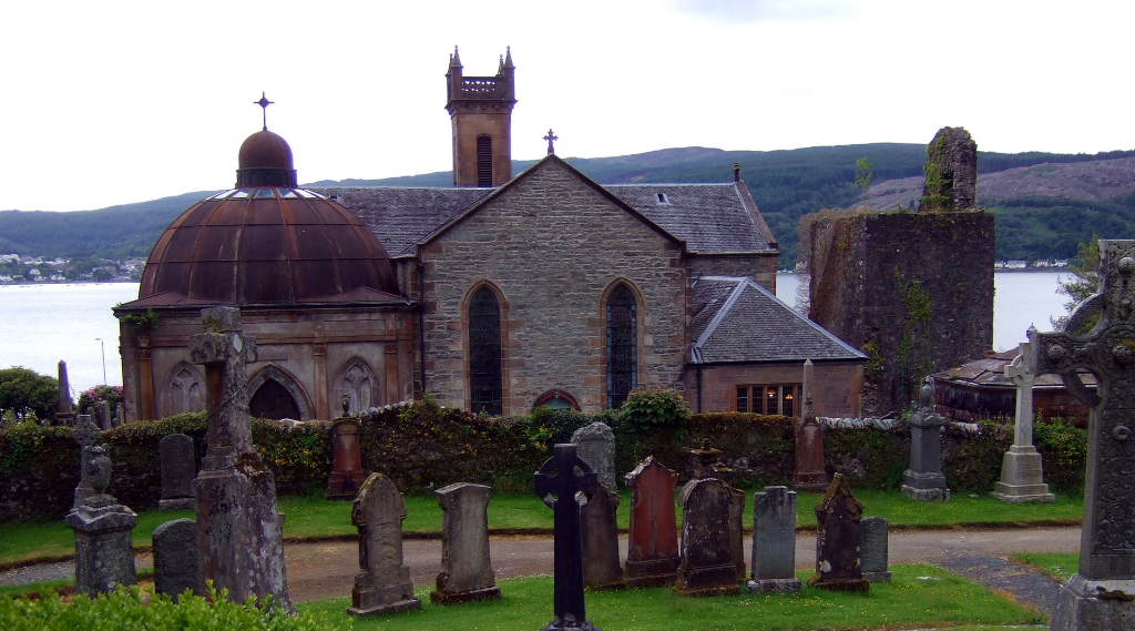 Kilmun is a peaceful village by the Holy Loch some miles from Dunoon in Argyll and is home to the impressive Kilmun Parish Church, with a substantial tower and the mausoleum of the Campbells of Argyll.
