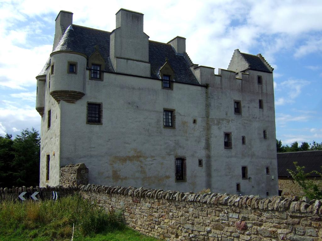 Dating doon castle