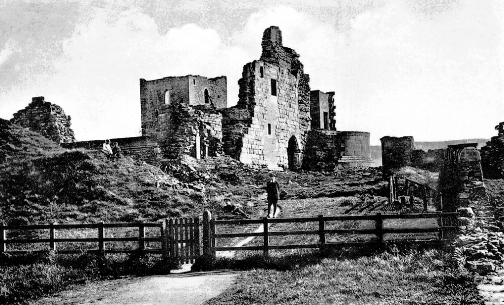 Sanquhar Castle, a very ruinous old but once important stronghold of the powerful Crichton family and then the Douglases, in a scenic spot near the burgh of Sanquhar in Nithsdale in Dumfries and Galloway in southern Scotland.