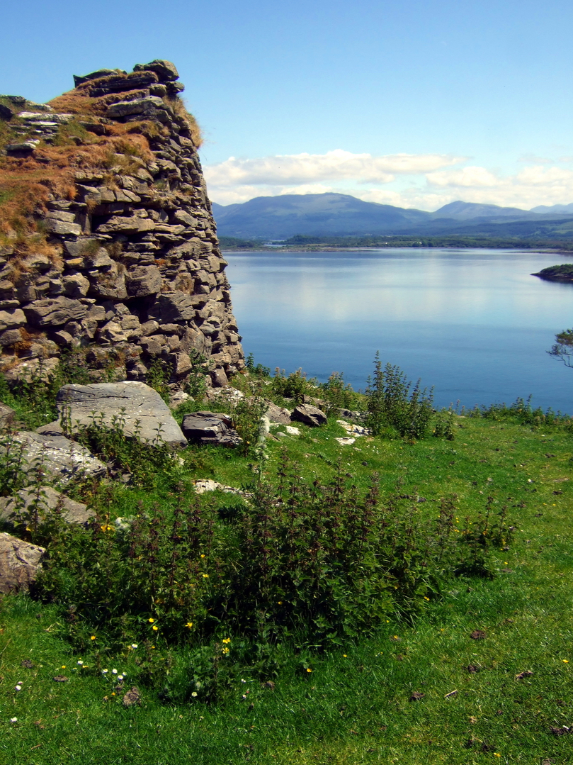 Tirefour Broch or Tirefour Castle, a ruinous but impressive Iron Age broch in a beautiful spot with spectacular views, on the east side of the scenic island of Lismore in Argyll on the western seaboard of Scotland.
