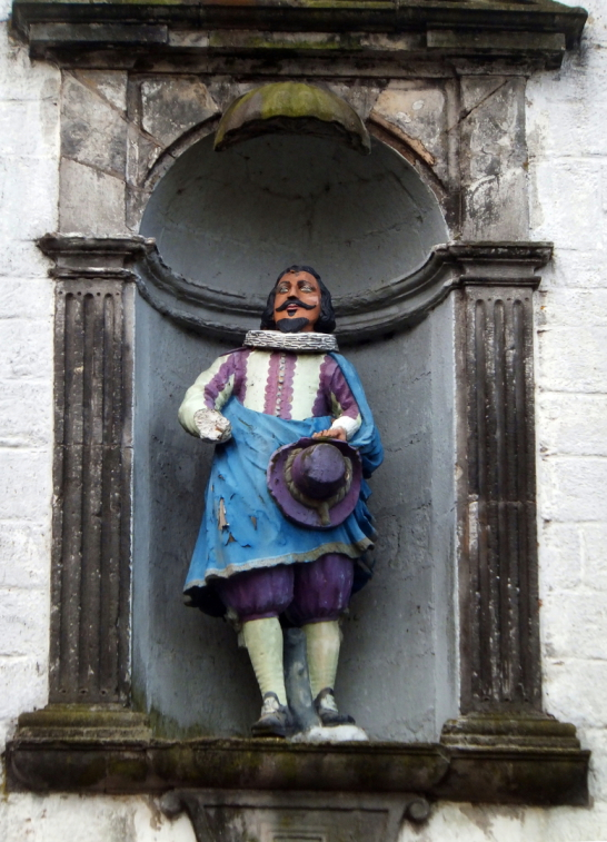 Statue of John Cowane, the founder of Cowane's Hospital and Guildhall, an atmospheric old building, endowed by John Cowane, a wealthy merchant to care for guild members who had fallen on hard times, in the historic burgh of Stirling.