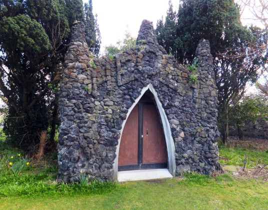 Grotto decorated with shells (Hecla), Cockenzie House, a long plain mansion with some old interiors, dating from the 17th century, in beautiful gardens in the pleasant town of Cockenzie and Port Seton on the banks of the Firth of Forth, near Preston