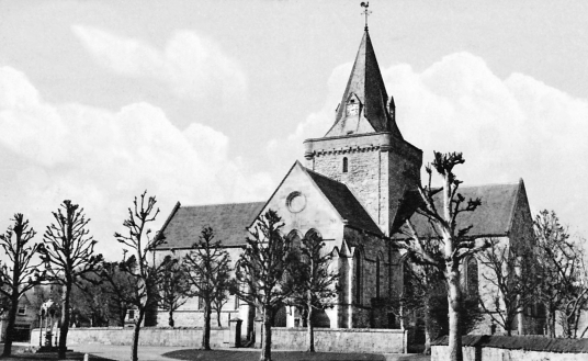Dornoch Cathedral, near Dornoch Palace or Dornoch Castle Hotel is a fine and atmospheric old castle, long held by the Bishops of Caithness and then the Earls of Sutherland, and now a hotel, in the attractive town of Dornoch in Sutherland in the north-east