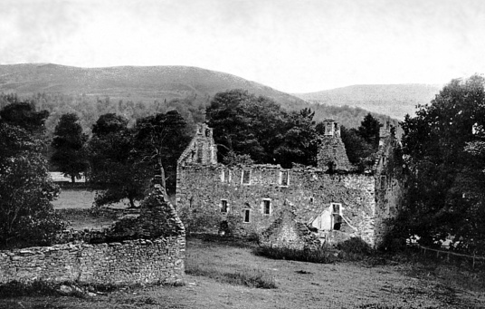 Fairnlee is a ruinous old tower and house in a pretty spot, held by the Kerrs and then the Rutherfords, near Galashiels in the Borders of Scotland.