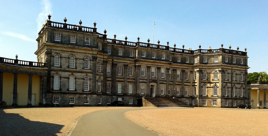 Home of Duke of Sandringham, other scenes in Outlander / Hopetoun House