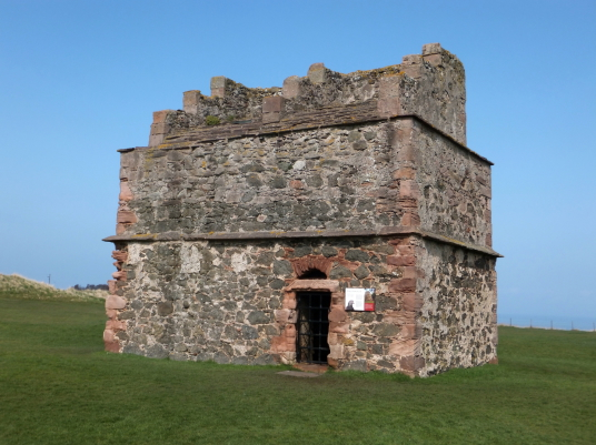 Doocot (dovecote), Tantallon Castle, a spectacular ruinous castle of the Douglas Earls of Angus, located in a pretty cliff top location near the East Lothian seaside town of North Berwick.
