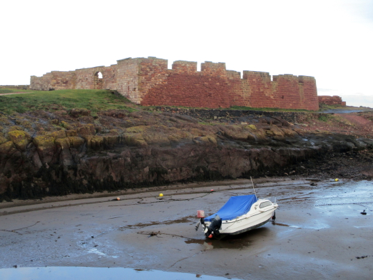 The Battery, Dunbar Castle is a picturesque, once strong but now very ruinous old stronghold, built on rocky crags by the mouth of the harbour, besieged by the English in 1333 and associated with Mary Queen of Scots, by the harbour in the East Lothian bur