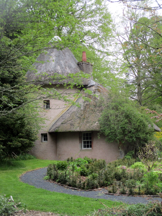 Thatched cottage, Mellerstain House, a fine castellated Adam mansion with a stunning and largely original Adam interior, set in beautiful gardens and expansive landscaped grounds.