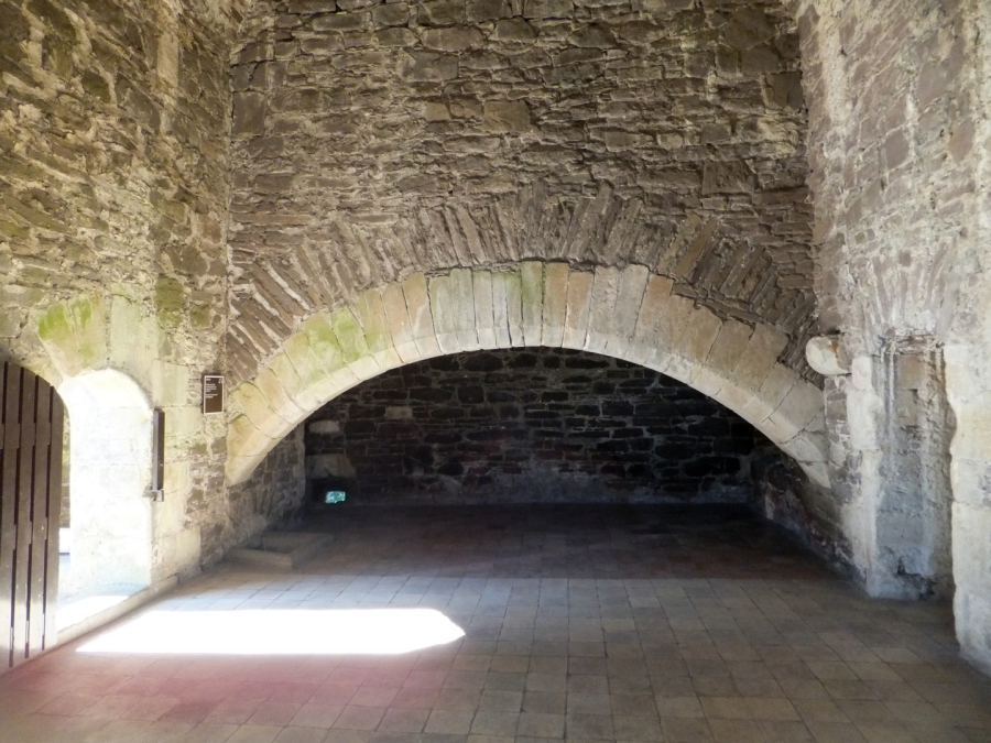 Doune Castle Kitchen With Fireplace C Martin Coventry